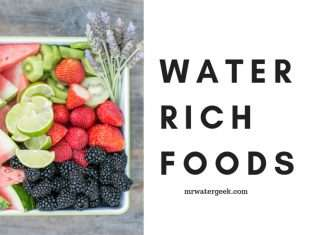 Eat These SERIOUSLY Water Rich Foods When Dehydrated